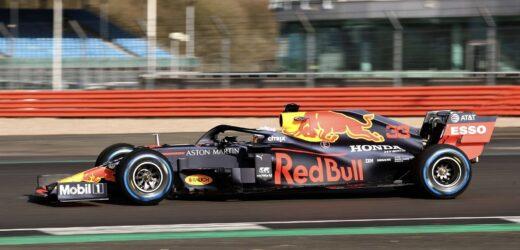 Red Bull, Max Verstappen subito in pista con la RB16