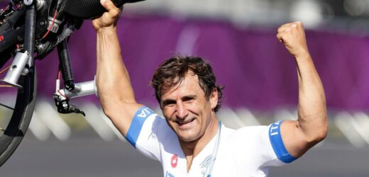 Incidente in handbike per Alex Zanardi: è gravissimo