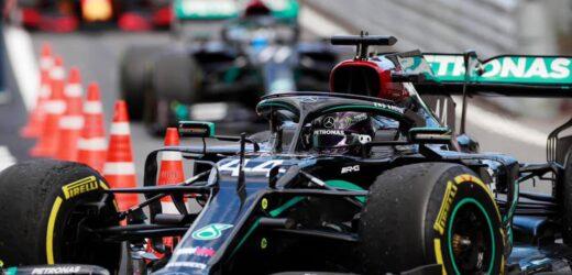 Lewis Hamilton rinnova con Mercedes: adesso è ufficiale
