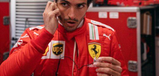 """Sainz: """"Il confronto con Leclerc? Difficile battere Charles quest'anno"""""""