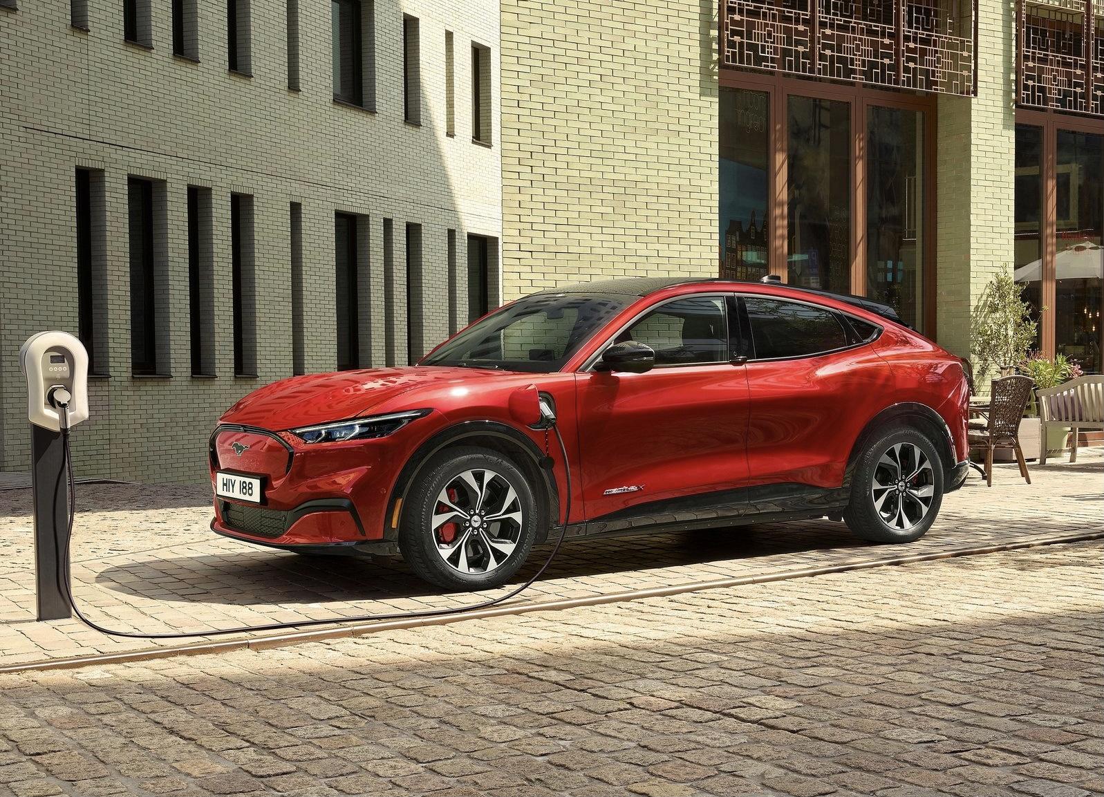 Prova su strada: Ford Mustang Mach‑E